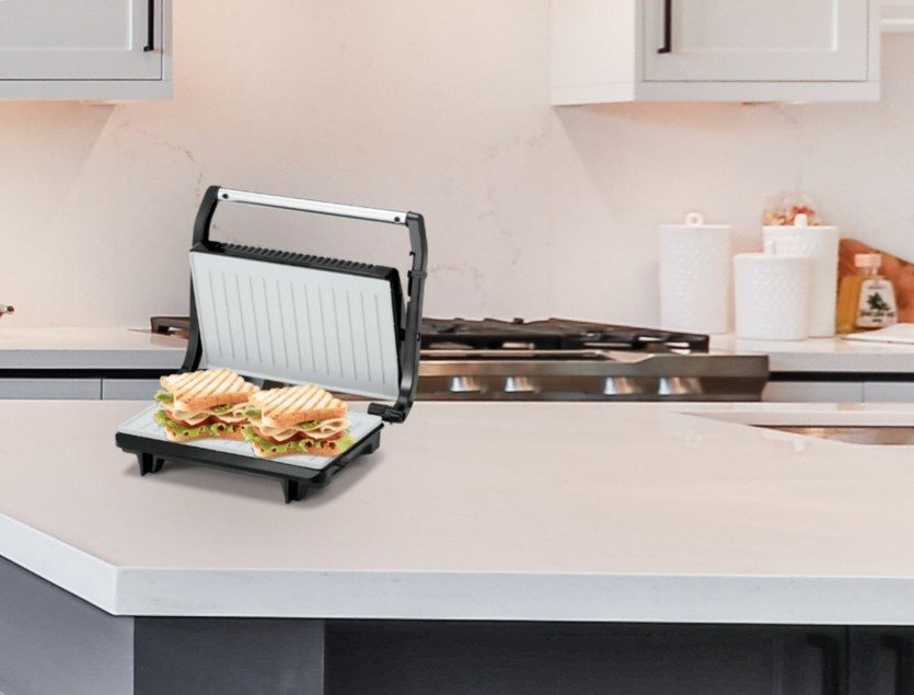 how to clean sandwich maker